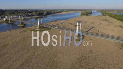 Pont De Montjean-Sur-Loire Vidéo Drone En Automne