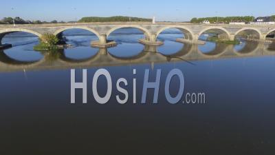 Vidéo Du Pont De Dumnacus Sur La Loire, Vidéo Drone