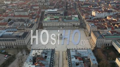 Place Stanislas Depuis La Place De La Carrière - Nancy - Vidéo Par Drone