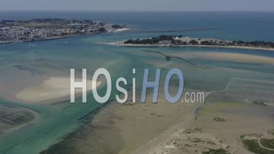 Cote Le Croisic Traict Du Croisic Lagon Turquoise Loire Atlantique France - Video Drone Footage