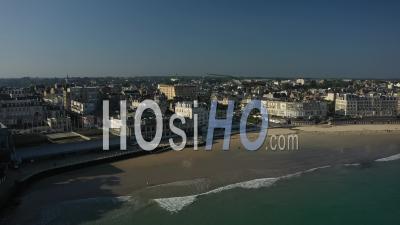 Plage De L'ecluse à Dinard, Bretagne, France - Vidéo Drone