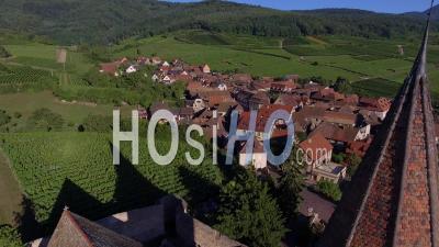 Eglise Fortifiée De Hunawihr, Alsace Vidéo Drone