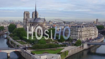 Notre-Dame De Paris, La Seine Et L'ile De La Cité, Vidéo Drone