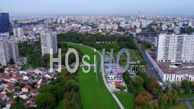 Le Parc Jean Moulin - Les Guilands Et La Maison Du Parc Vidéo Drone
