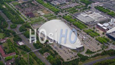 Milton Keynes Town Centre, Dôme De Neige