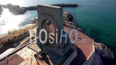 Monument Aux Morts De L'armée D'orient Et Aux Héros Des Terres Lointaines